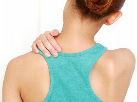 肩甲骨と肩こり